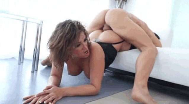 Chinese Milf Dance Porn Pics