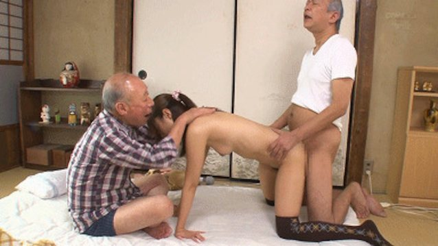 hot-virgins-get-fucked-by-older-men-gif-ebony-pretty-pink-pussy