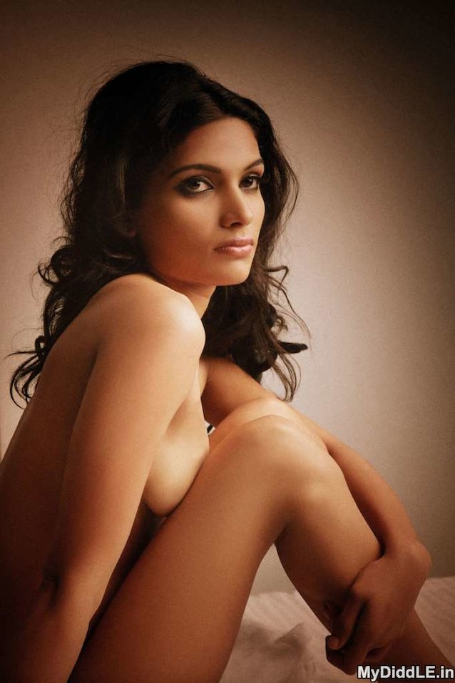 pics-nude-images-of-indian-actress