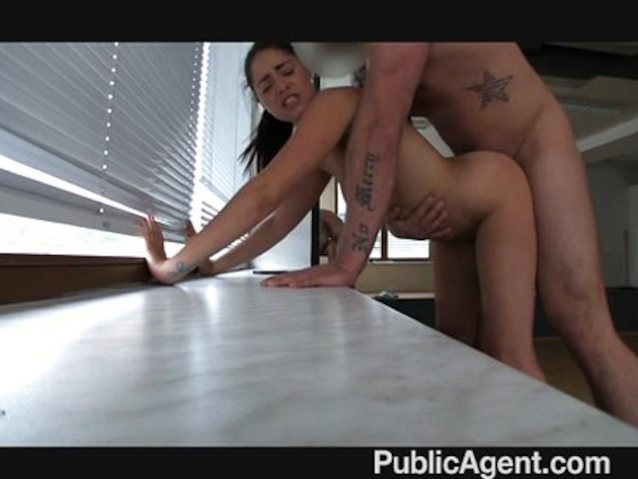 Babe Fucked Hard Squirt
