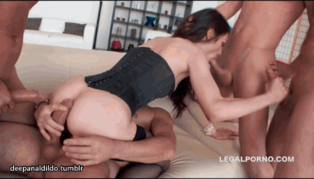 Quadruple penetration sex 11