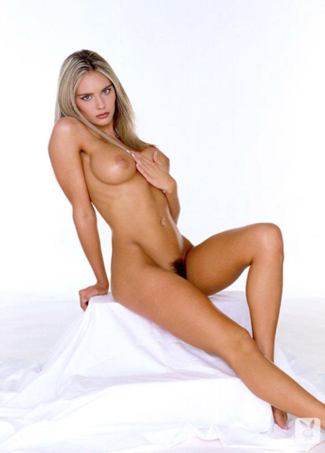 Kelly pickler nude