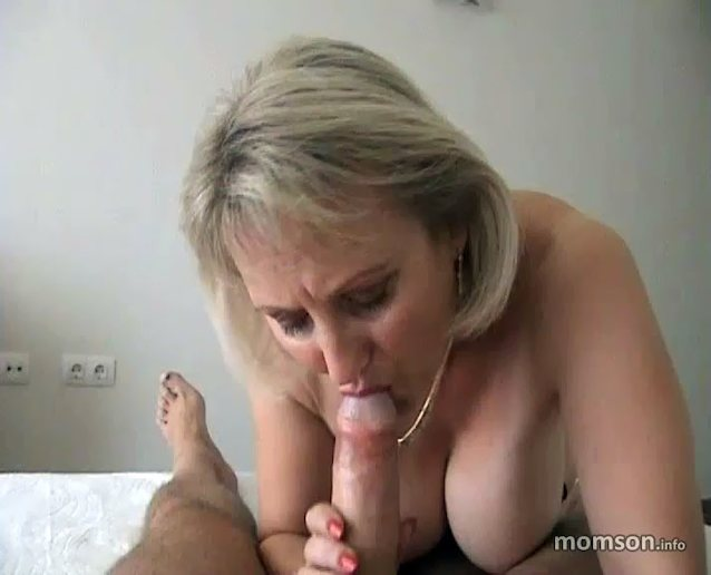 Mom blowjob movies