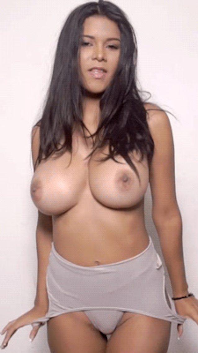 Sexy Latina Teen Big Tits