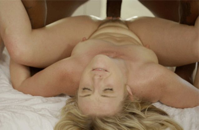 Blonde Babe Get Screaming Orgasm In Cowgirl