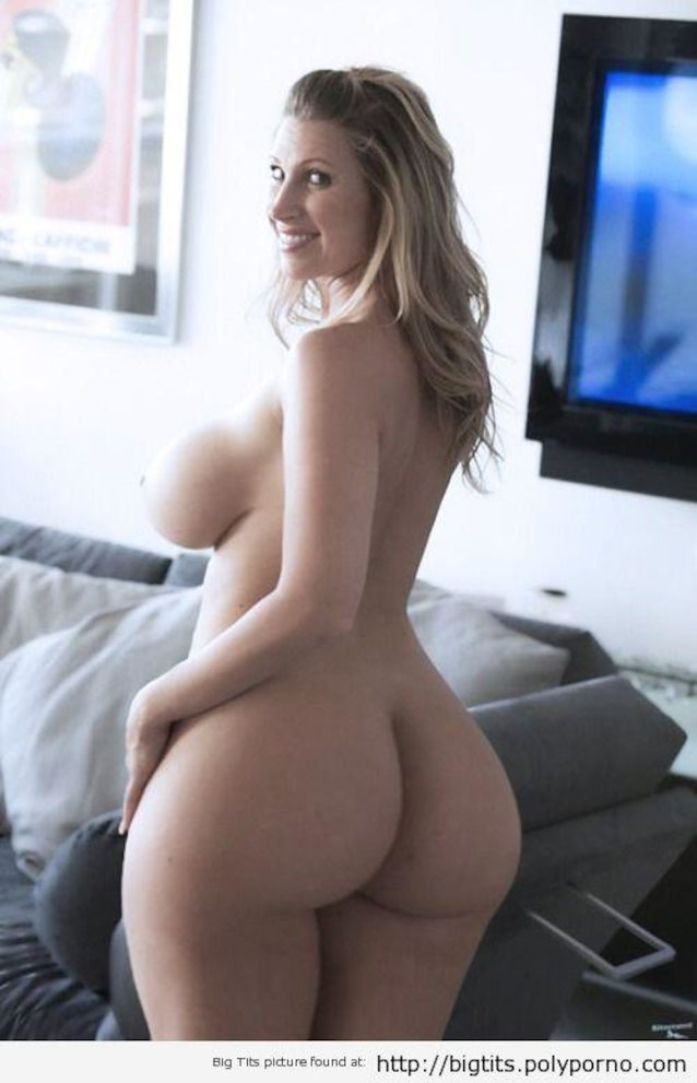 What's the name of this porn star?