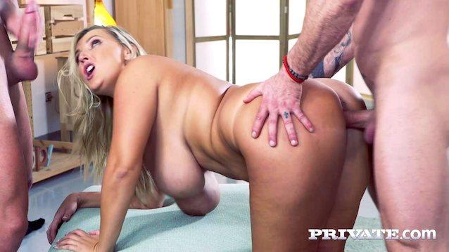 Porno Krystal Swift Anal