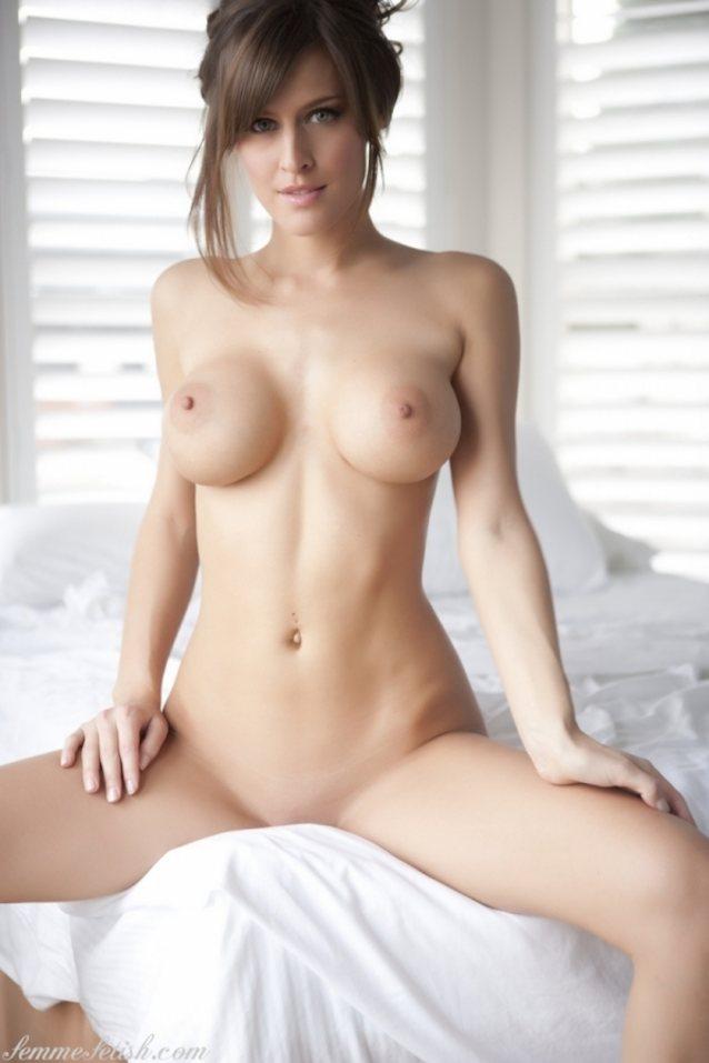Femme Eden