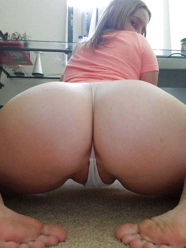 sexy thick white women pics