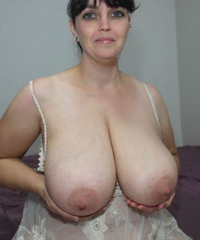 Older Women Small Tits Pics