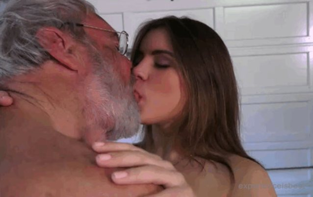 Old Man Kissing Teen And Screams Fuck Me Daddy Xxx Unexpected Experience With An Older