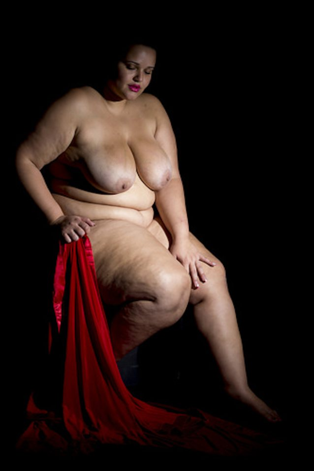 Hot Plus Size Mature Wife Spreading