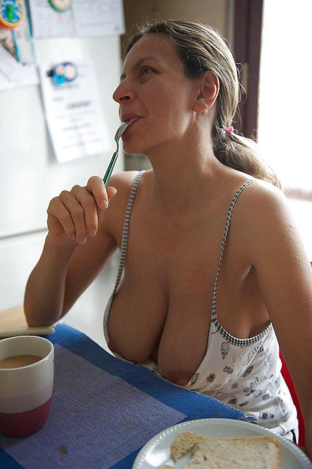 Milf cleavage selfie pics