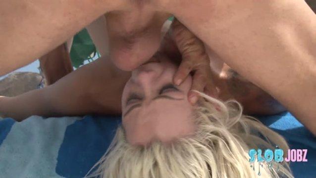 Deepthroat elsa jean Elsa jean