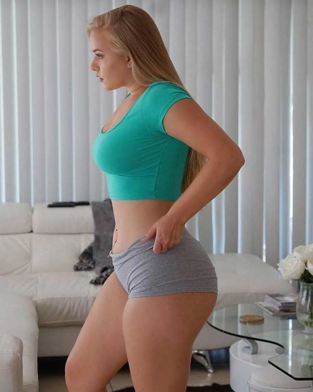 Thick White Girl Pornstar