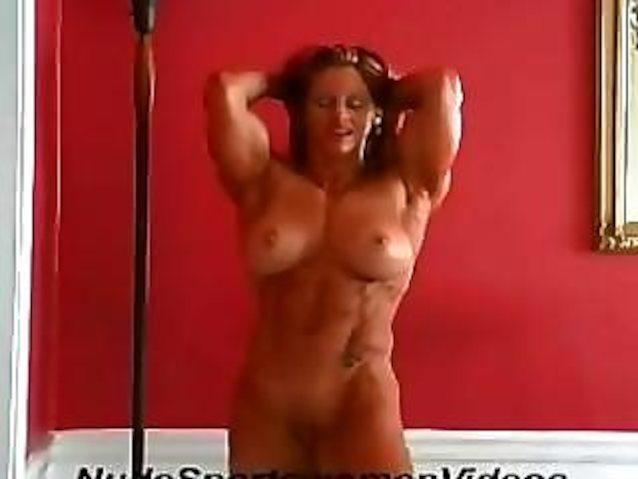 We provide lindsay mulinazzi posing nude free
